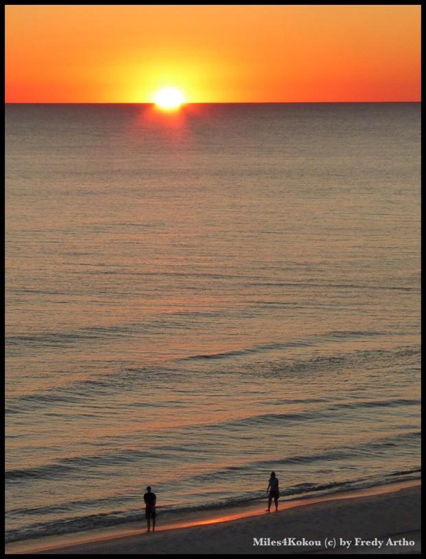 Ich weiss, ein weiteer kitschiger Sonnenuntergang. Schön finde ich es trotzdem.