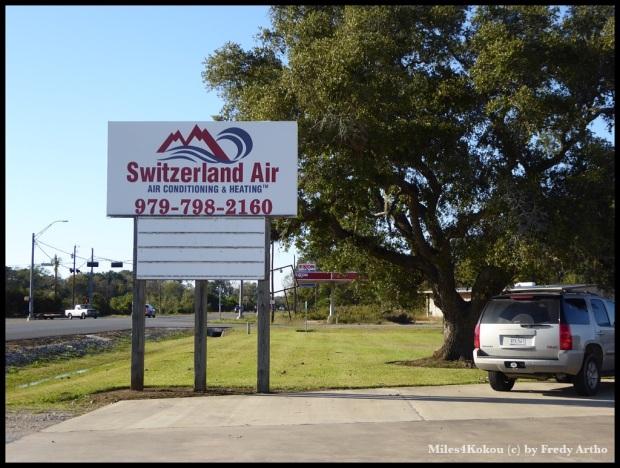 Kurz vor west Columbus sah ich dieses Firmenschild. Wer hat da wohl was mit der Schweiz zu tun?