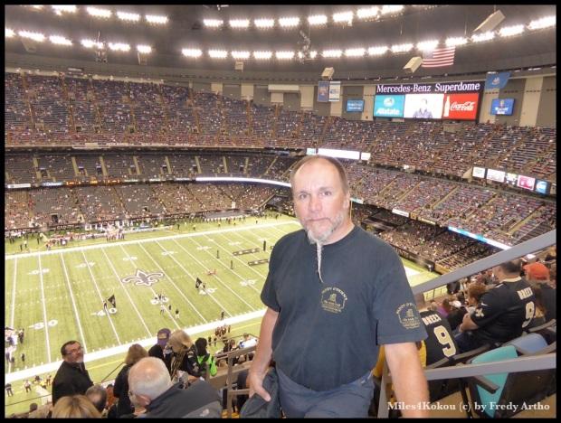 """Ich habe mich in den """"Saints Farben"""" schwarz-gold ins Stadion begeben. (na Max, zufrieden?)"""