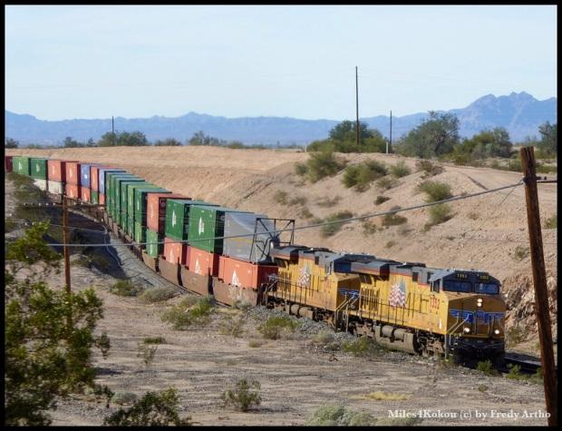 Ein weiterer XXL Zug der tausende Tonnen befördert.