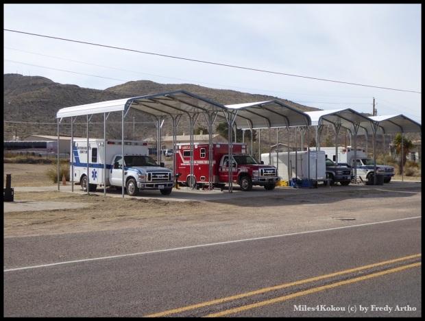 Sogar die Rettungsfahrzeuge haben keine eigene Garage.